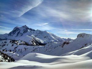 Pokrywa śniegu śląskie