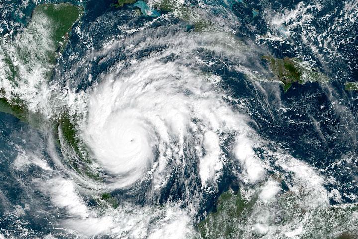 Niebezpieczny huragan