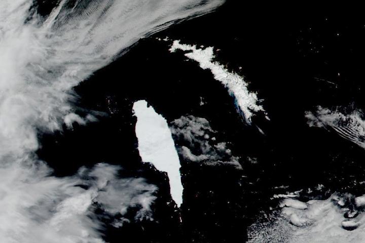 Góra lodowa w pobliżu Georgii Południowej