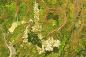 Wydobywanie złota w centralnym okręgu rud Aldan w Rosji