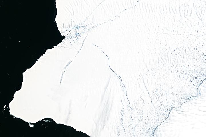 You are currently viewing Brunt zrywa z Antarktydą w tym roku?