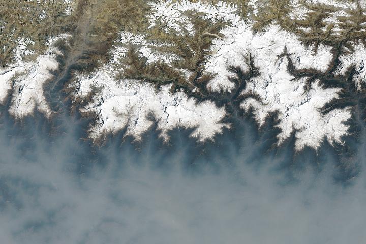 Sezon ostrych pożarów w Nepalu
