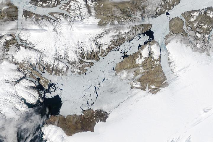 You are currently viewing Długowieczny lodowy łuk