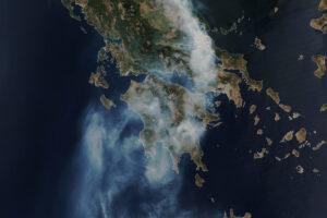Read more about the article Pożar pochłania duże połacie Grecji