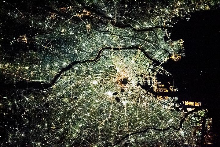 You are currently viewing Włączanie światła w Tokio