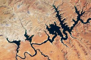 Read more about the article Lake Powell osiąga nowy niski poziom